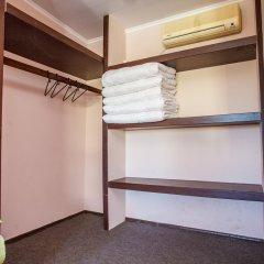 Мини-отель Глобус Стандартный семейный номер с двуспальной кроватью фото 8