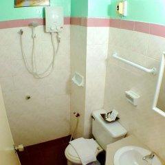 Отель Pacific Inn ванная фото 2