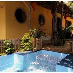 Отель Mango Garden Villa бассейн