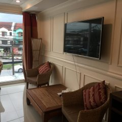 Отель Phuket Airport Suites & Lounge Bar - Club 96 Семейный люкс с двуспальной кроватью фото 4