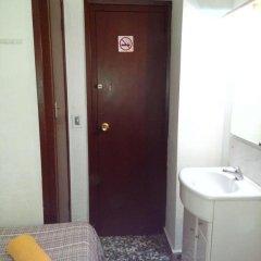 Отель Pension Centricacalp Стандартный номер с различными типами кроватей (общая ванная комната) фото 8