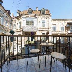 Гостиница BestKievApartment на Площади Независимости балкон