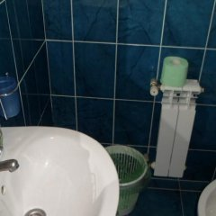 Hotel on Gorkogo Бердянск ванная фото 2