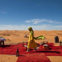 Отель Desert Luxury Camp Марокко, Мерзуга - отзывы, цены и фото номеров - забронировать отель Desert Luxury Camp онлайн фитнесс-зал