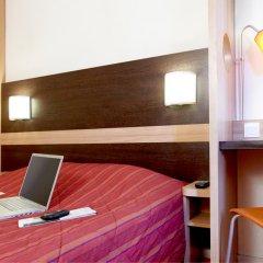 Отель Premiere Classe Lille Ouest - Lomme 2* Стандартный номер с двуспальной кроватью фото 3