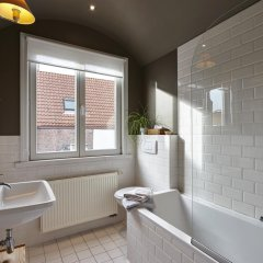 Отель B&B Sint Niklaas 3* Стандартный номер с различными типами кроватей фото 10