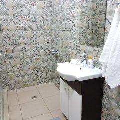 """Гостиница Aparthotel """"Deputatsky"""" в Сочи отзывы, цены и фото номеров - забронировать гостиницу Aparthotel """"Deputatsky"""" онлайн ванная"""