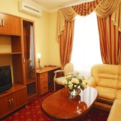 Джинтама Отель Галерея 4* Люкс с различными типами кроватей