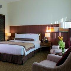 Отель Grand Millennium Al Wahda 5* Улучшенный номер с различными типами кроватей фото 4