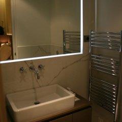 Отель Cirque Deluxe Studio Apartment Франция, Париж - отзывы, цены и фото номеров - забронировать отель Cirque Deluxe Studio Apartment онлайн ванная фото 2