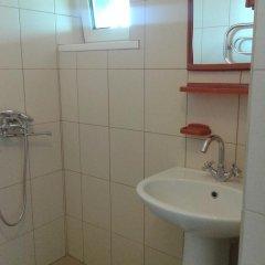 Отель On Engelsa Guest House Тихорецк ванная фото 2