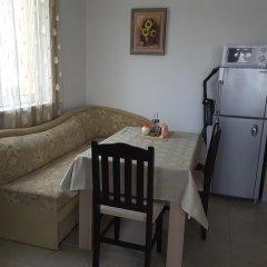 Апартаменты Hermes Apartment Солнечный берег в номере