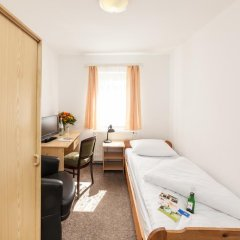 Hotel Astoria 2* Стандартный номер с различными типами кроватей фото 8