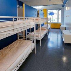 Отель CheapSleep Helsinki Кровать в общем номере с двухъярусной кроватью фото 16