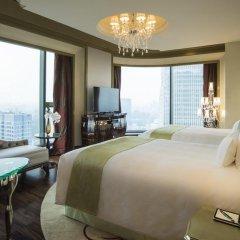 Отель The Reverie Saigon 5* Номер Делюкс с различными типами кроватей фото 4