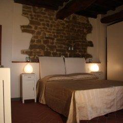 Отель La Tuia Vacanze Италия, Монтеварчи - отзывы, цены и фото номеров - забронировать отель La Tuia Vacanze онлайн комната для гостей фото 2