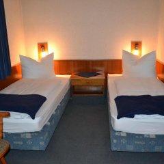 Hotel Walfisch 2* Стандартный номер с 2 отдельными кроватями фото 3
