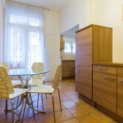 Апартаменты Ostrovni 7 Apartments Прага комната для гостей фото 3