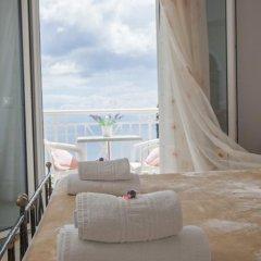 Апартаменты Brentanos Apartments ~ A ~ View of Paradise Студия с различными типами кроватей фото 17