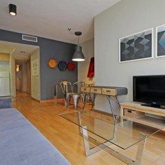 Апартаменты AinB Eixample-Entenza Apartments Апартаменты с различными типами кроватей фото 42