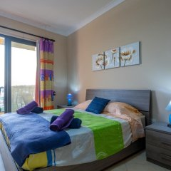 Отель SeaView Apartment in Saint Thomas Bay Мальта, Марсаскала - отзывы, цены и фото номеров - забронировать отель SeaView Apartment in Saint Thomas Bay онлайн комната для гостей фото 3
