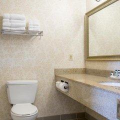 Отель Country Inn & Suites Effingham ванная