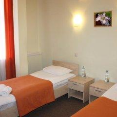 Гостиница Ирис 3* Номер Эконом двуспальная кровать (общая ванная комната) фото 2