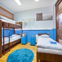 Hostel Bureau Кровать в общем номере с двухъярусной кроватью фото 10