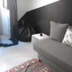 Апартаменты Lisbon Friends Apartments São Bento Лиссабон комната для гостей фото 2