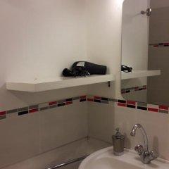 Отель La Mansarde Франция, Сент-Эмильон - отзывы, цены и фото номеров - забронировать отель La Mansarde онлайн ванная фото 2