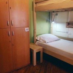 Envoy Hostel Кровать в общем номере с двухъярусной кроватью