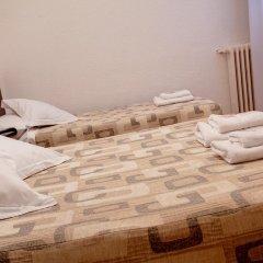 Отель Hostal Besaya Стандартный номер с различными типами кроватей фото 7