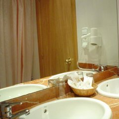 Hotel Travessera 2* Стандартный номер с 2 отдельными кроватями фото 5