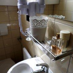 Отель Hotelboat Allure Нидерланды, Амстердам - отзывы, цены и фото номеров - забронировать отель Hotelboat Allure онлайн ванная