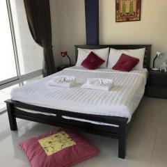 Отель But Different Phuket Guesthouse 3* Стандартный номер с различными типами кроватей фото 2