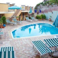 Отель Appartamenti Centrali Giardini Naxos Джардини Наксос бассейн фото 2