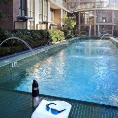 Отель L'Hermitage Hotel Канада, Ванкувер - отзывы, цены и фото номеров - забронировать отель L'Hermitage Hotel онлайн бассейн
