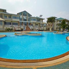 Отель Pattana Golf Club & Resort бассейн