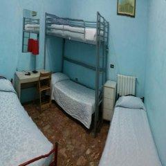 Отель Walter Guest House Кровать в женском общем номере фото 3