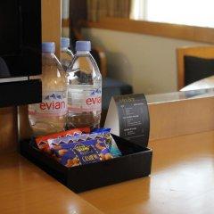 Отель Furama City Centre 4* Улучшенный номер с различными типами кроватей фото 3