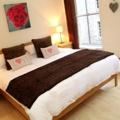 Отель Blackfriars Apartment Великобритания, Эдинбург - отзывы, цены и фото номеров - забронировать отель Blackfriars Apartment онлайн комната для гостей фото 4