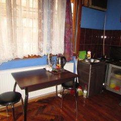 Отель Guesthouse on Machabeli 20 Апартаменты с различными типами кроватей фото 3