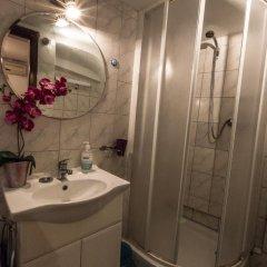 Отель Adriana Downtown Guesthouse 3* Стандартный номер с различными типами кроватей фото 7