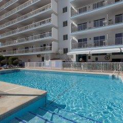 Отель Apartamentos Embajador Испания, Фуэнхирола - отзывы, цены и фото номеров - забронировать отель Apartamentos Embajador онлайн бассейн