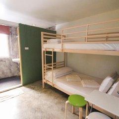 Отель Smile Buri House 3* Кровать в общем номере фото 5