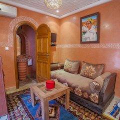 Отель Dar Ikalimo Marrakech 3* Улучшенный номер с различными типами кроватей фото 9