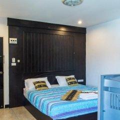 Отель Patong Bay Guesthouse 2* Номер Делюкс с различными типами кроватей фото 8