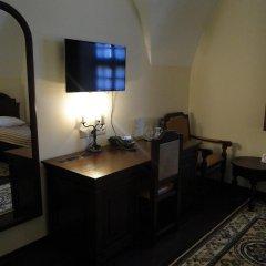 Гостиница Монастырcкий 3* Люкс повышенной комфортности разные типы кроватей