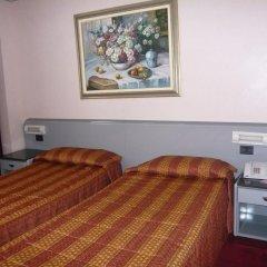 Отель Alexander 4* Стандартный номер с двуспальной кроватью