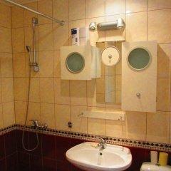 Гостиница On Sukhe-Batora в Иркутске отзывы, цены и фото номеров - забронировать гостиницу On Sukhe-Batora онлайн Иркутск ванная